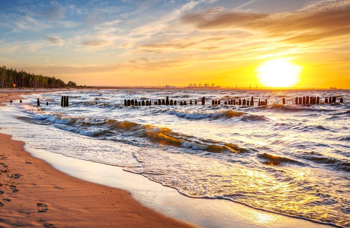 Inwestycja - BLIŻEJ Z NATURĄ Piękne zachody słońca przez cały rok